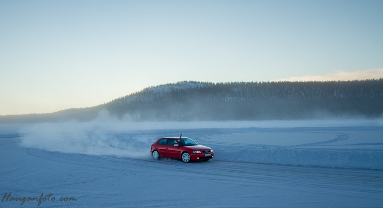 Morgenlyset fredagen var nok det fineste, sånn fotomessig. Audi A3.