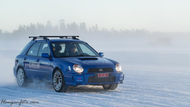 Neimen er det ikke? Joda det er det! Engerdals ordfører ble sendt ut på isen i Ferdinands Subaru WRX. Stilig!