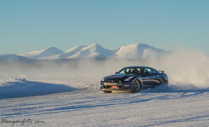 Nissan GTR drar en Sølensladd.