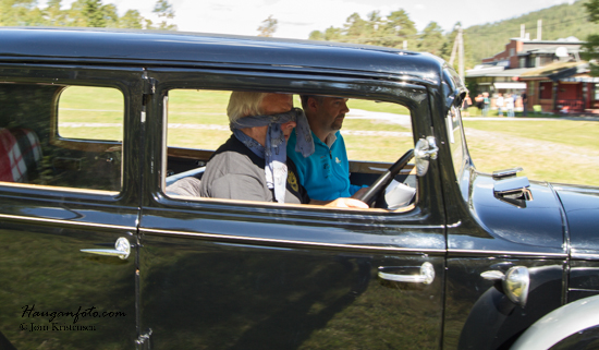 I Engerdal kjørte man med bind for øynene og fikk instrukser fra co-piloten. Ikke prøv dette hjemme...
