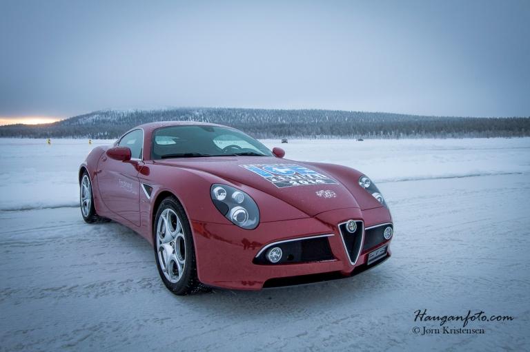 Alfa 8C på isen.