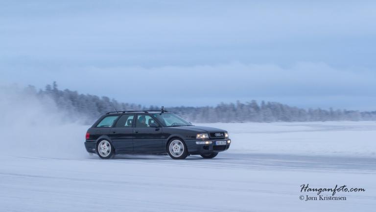Audi stasjonsvogn med Porschebremser og hjul.