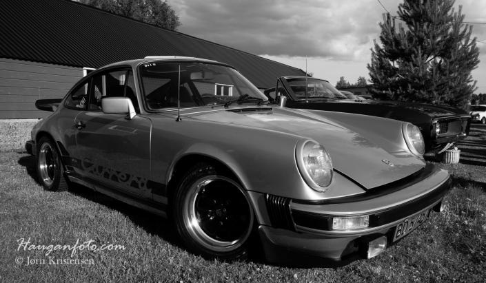 Porsche 1975 mod. En Carrera 2,7 liter i meget pen stand.