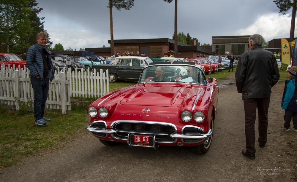 Så dukke plutselig denne opp. En Chervolet Corvette fra 1962. Den var utrolig lekker og fikk mye oppmerksomhet (fortjent!).