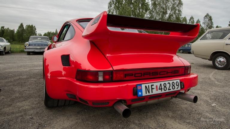 En annen nykommer (form meg i alle fall) var denne Porsche 911'n. Den var brei!