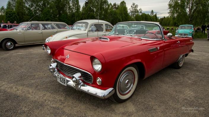 Ford Thunderbird. Dønn original. Et smykke av en bil.