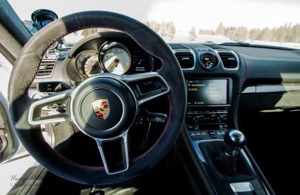 Porsche Cayman GT4. Oh yeah!