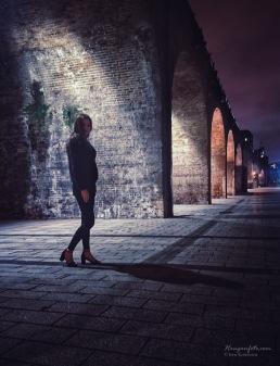 Piken under broen